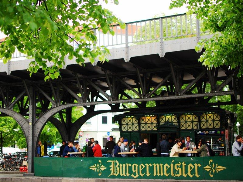 Berlin: Best Cheap Eats - Burgermeister