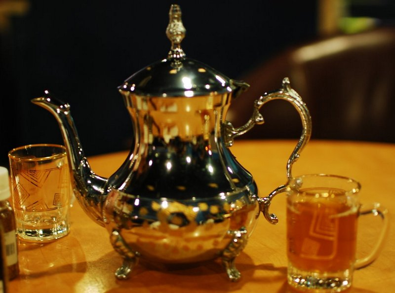 Offbeat Dubai Traditional Arabic Tea