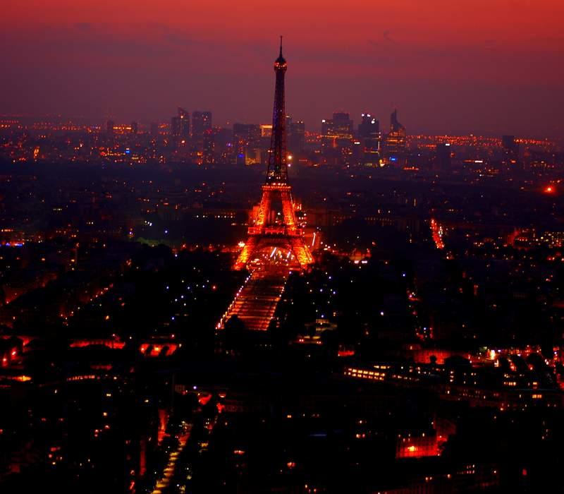 10-Paris Must Dos Eiffel