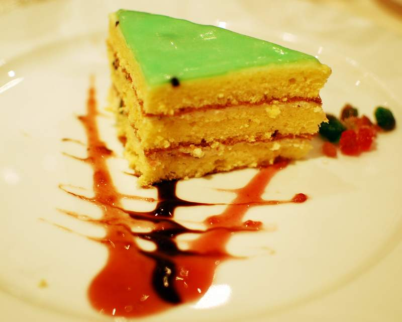 Budget Cruise Deals dining