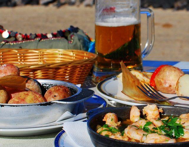 Lunch at Famara Beach