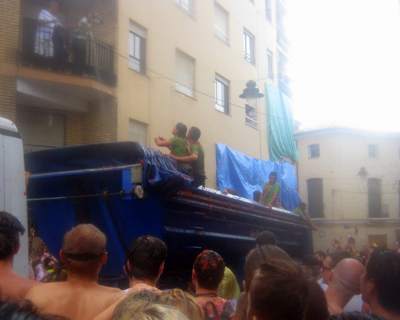 Guide to La Tomatina 4