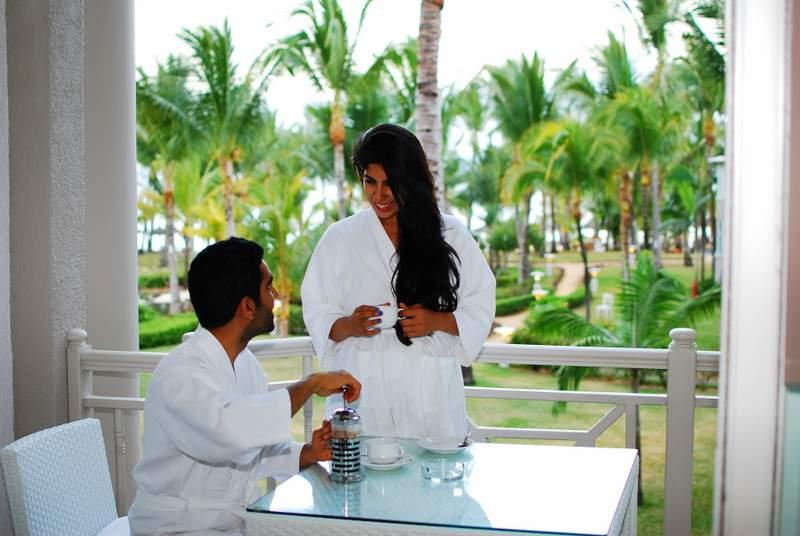 Lux* Belle Mare Honeymoon Suite