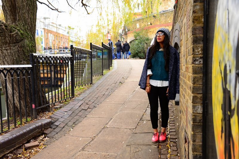 Hipster travel fashion 9