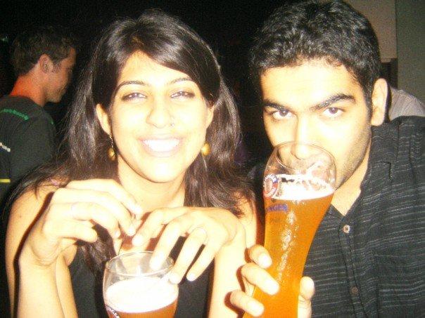 Savi and Vid in Singapore