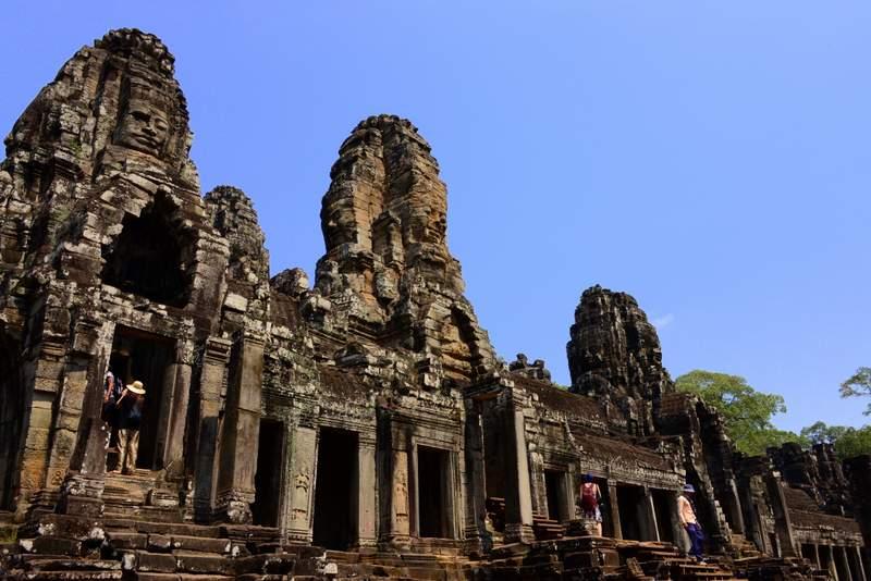 Angkor Temples Itinerary-Bayon