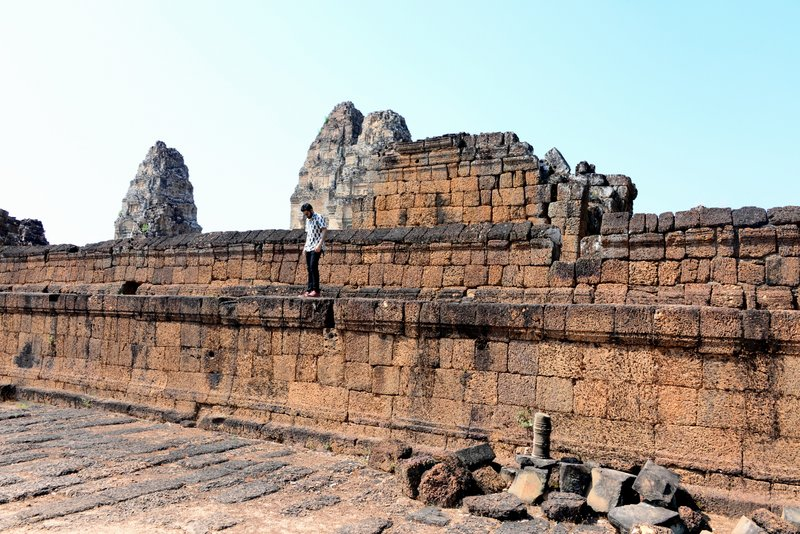 Angkor_Temples_East_Mebon