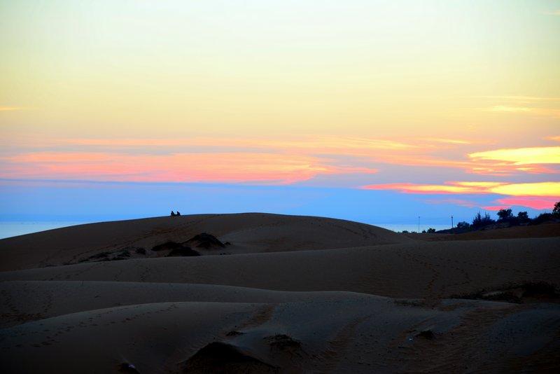 red sand dunes mui ne vietnam