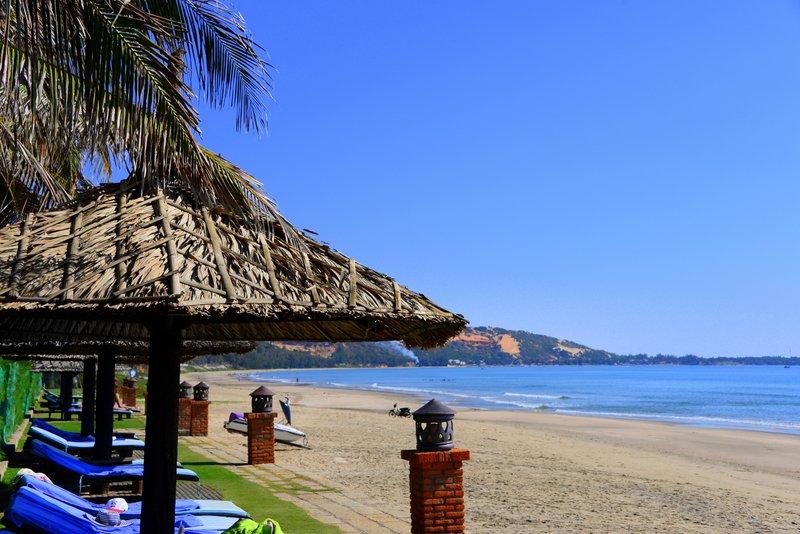 Pandanus Resort mui ne vietnam hotel review