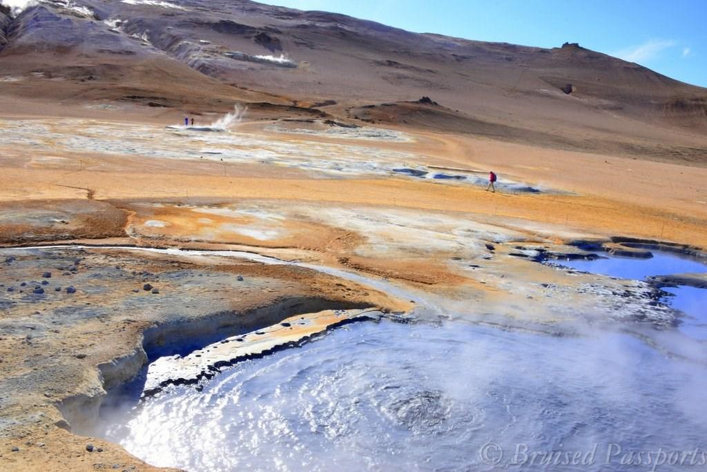 Sulphur springs near Lake Myvatn