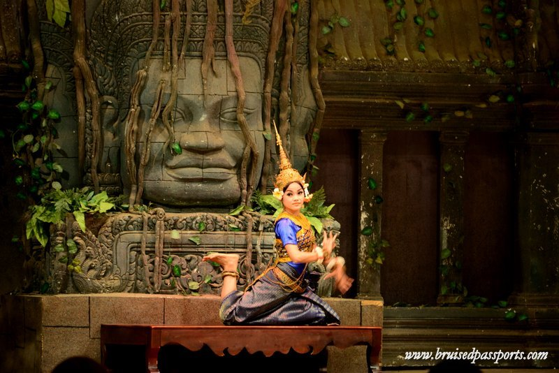 things to do in Siem Reap apsara dance