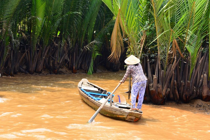 So we decided to go for a sampan cruise on one of the tributaries of the Mekong.