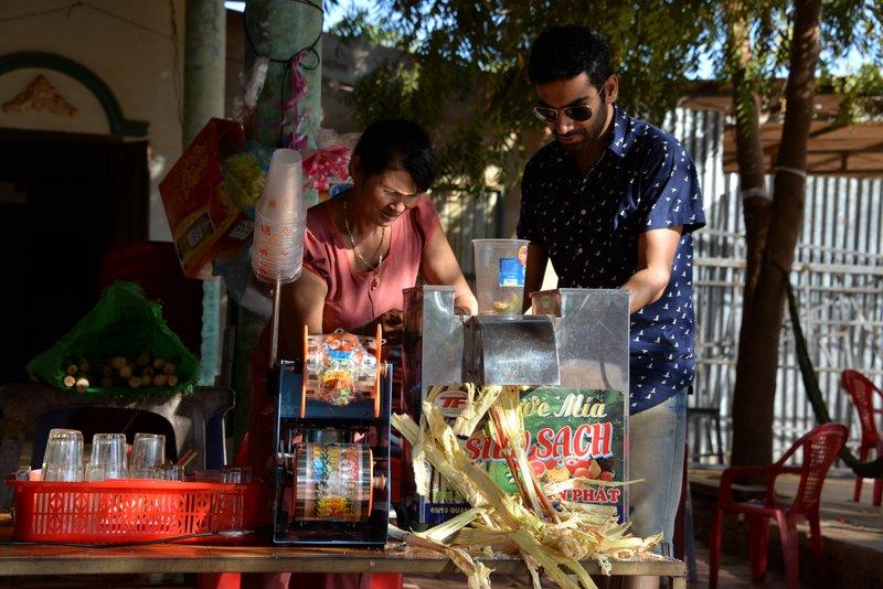 street food of vietnam sugarcane juice