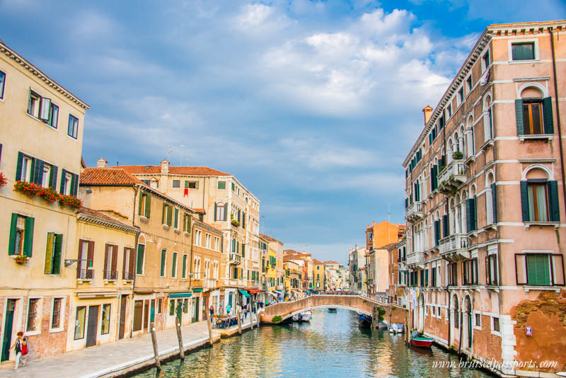 jewish-ghetto-wine-tour-offbeat-things-to-do-in-venice