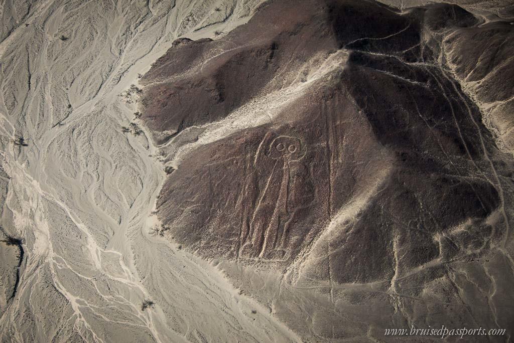 Astronaut shape in Nazca desert