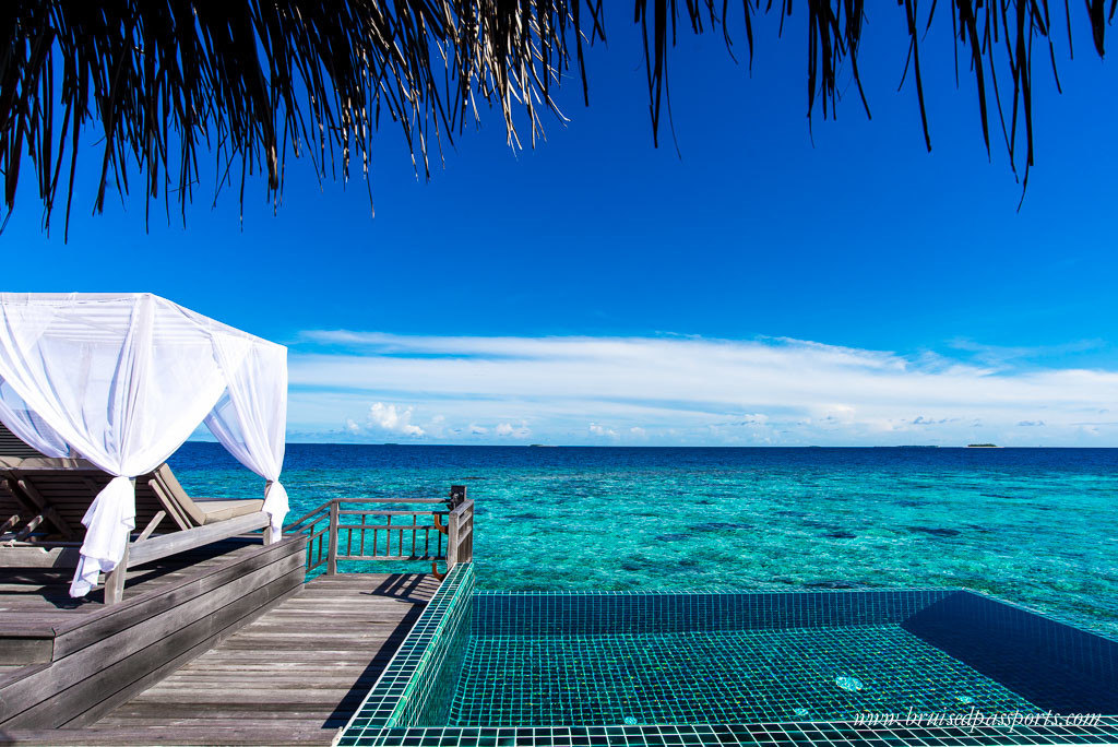 Outrigger-Maldives-Over-water-ocean-pool-villa-4