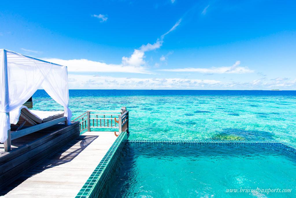 Outrigger Maldives Over water villa