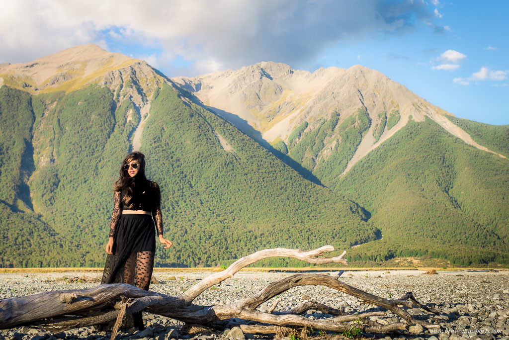 Packing for New Zealand black maxi travel fashion