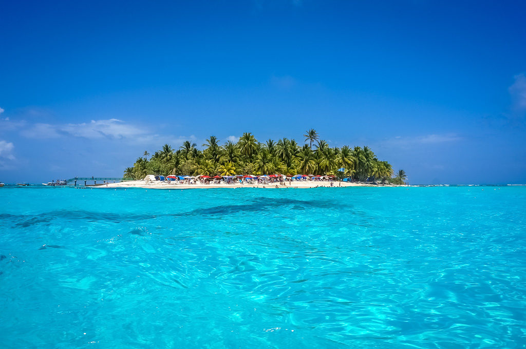 Turquoise ocean waters in Colombia
