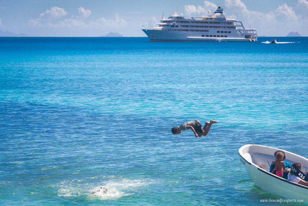 Captain cook cruise port stop fiji