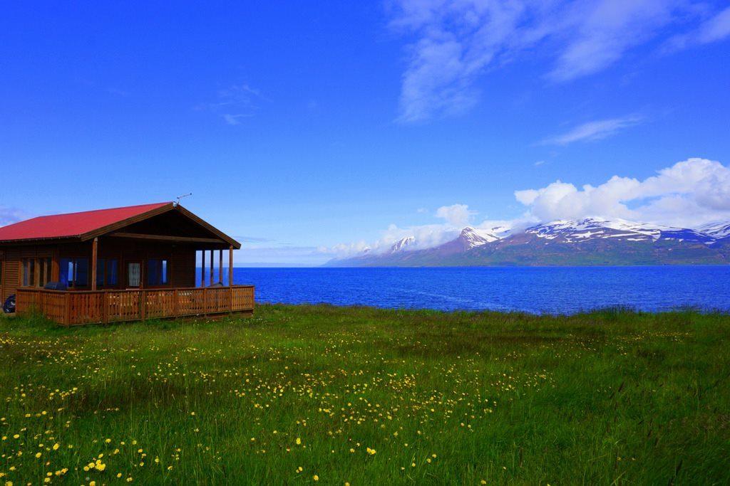 Ytri Vik Akuryeri cottage
