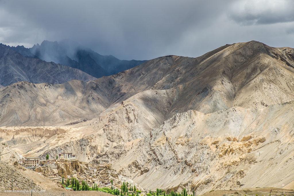Lamayuru Srinagar Leh drive