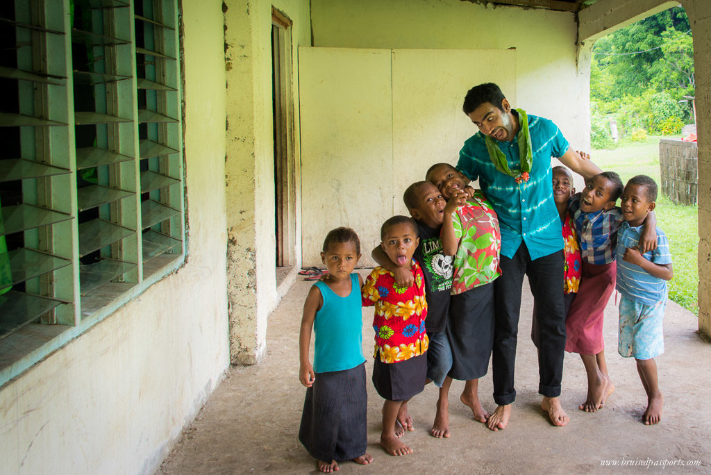 Fiji itinerary kids at sigatoka river safari