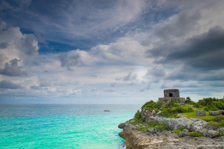 Tulum ruins Mexico ocean
