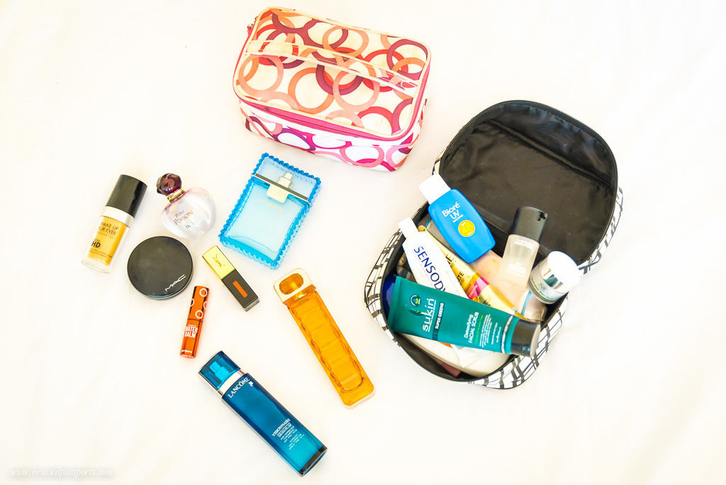 A case for toileteries, a case for makeup, and a case for jewellery - sorted!!