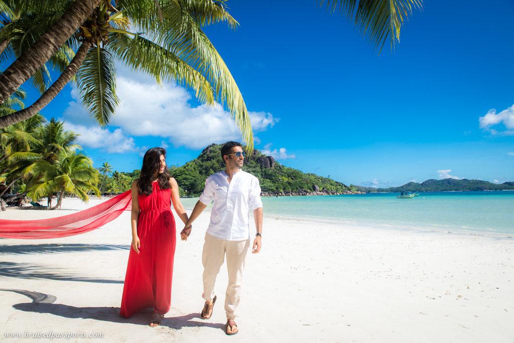 beach outside Le Duc De Praslin in Seychelles