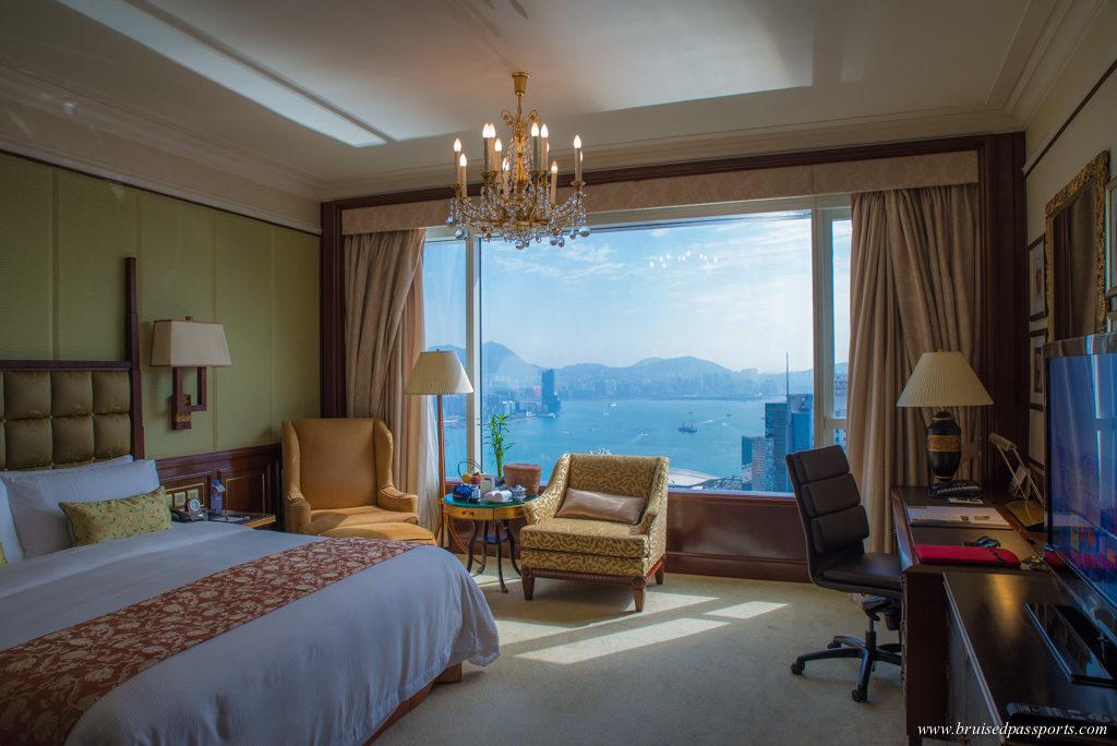 Island Shangri-La Hong Kong harbour view room