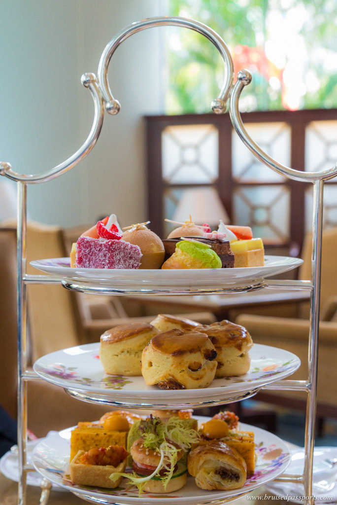 Afternoon tea at Shangri-La Hong Kong
