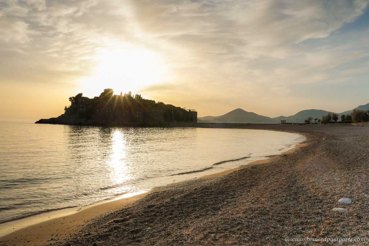 Sveti Stefan public beach with free access