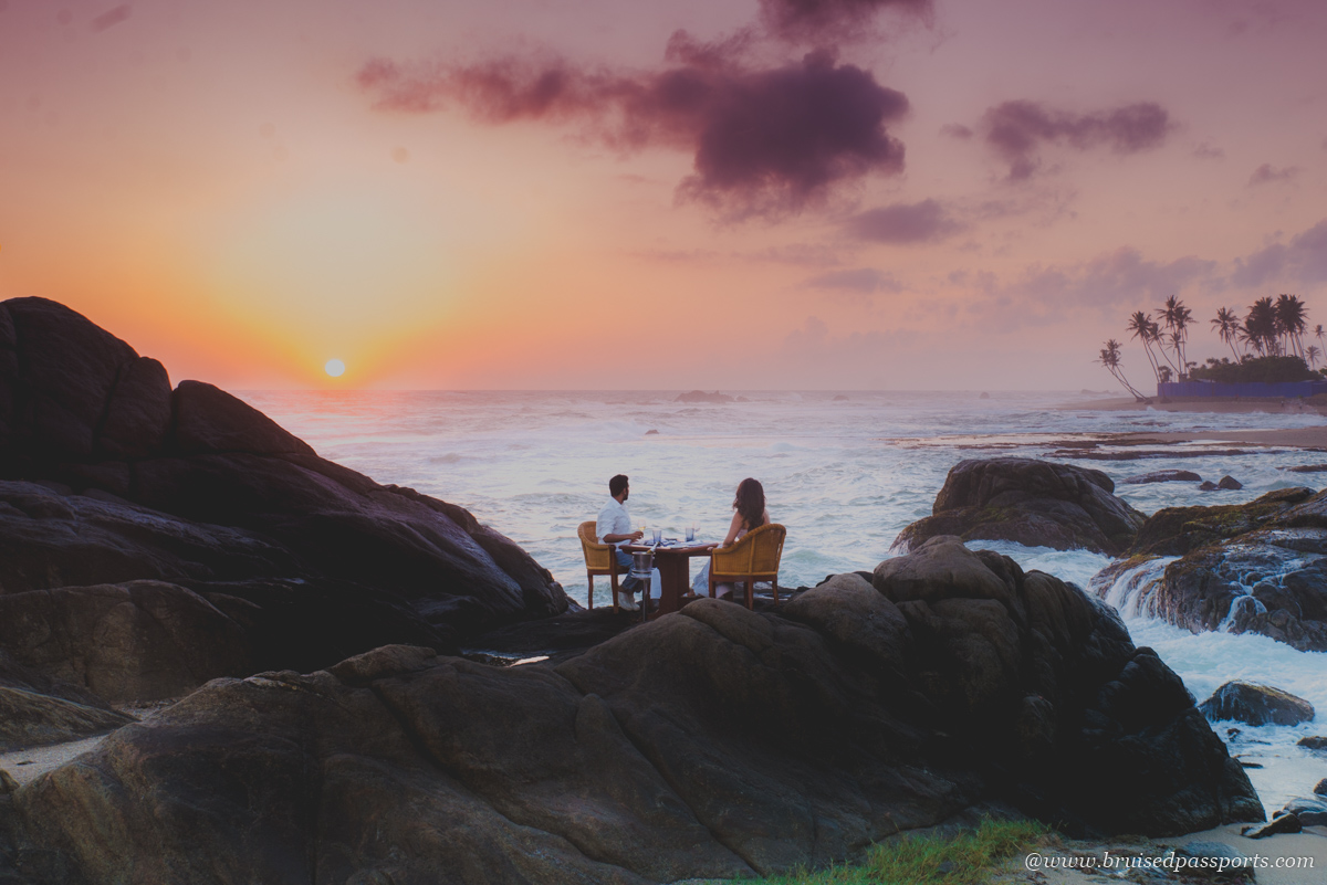 Dinner on the rocks at Jetwing Lighthouse Galle