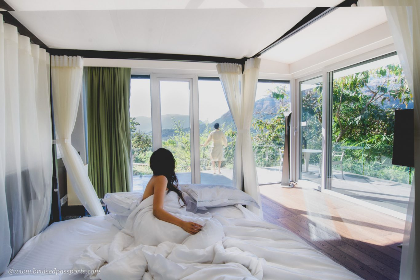 Hilton Shillim Retreat bedroom overlooking hills