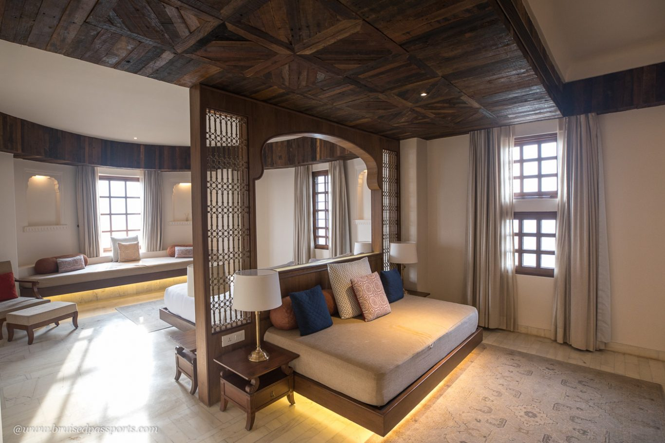 Luxurious rooms and suites at Alila Fort Bishangarh