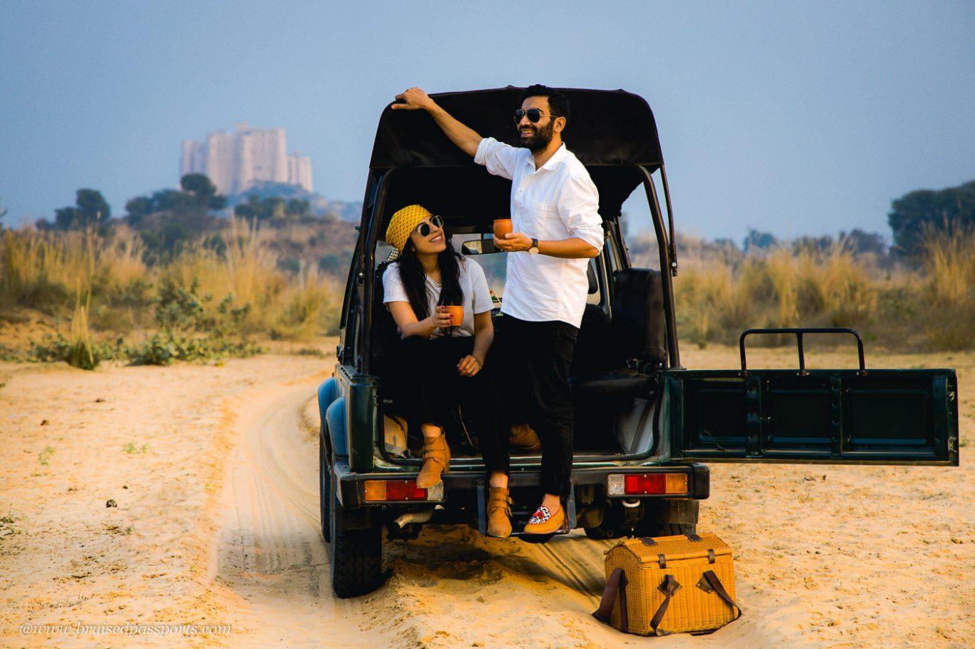 Sunset safari in jeep near Alila Fort